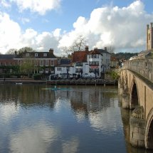 Henley Bridge View