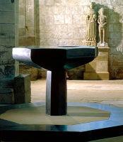 Font, St Michael's, Alnwick (1)