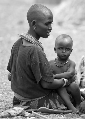 El Molo mother with child, Kenya