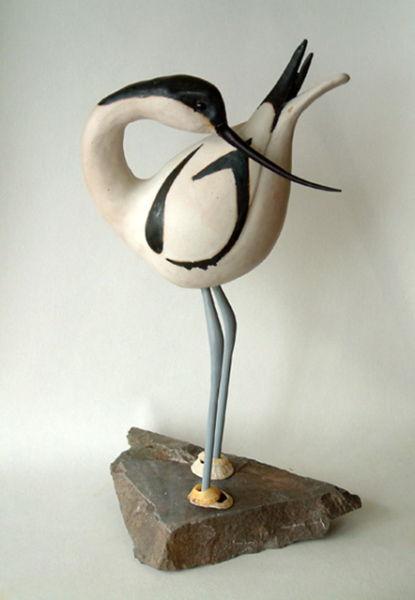 standing avocet