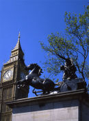 Boadicea + Houses of Parliament